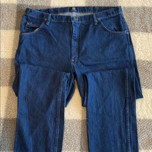 40x34 Wrangler Regular Fit Jeans